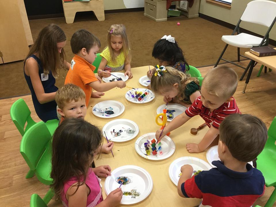 preschoolers-1191122_960_720